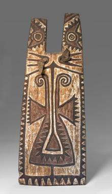 Elaborately decorated wooden shield for a bowman from Papua New Guinea 1850–1900