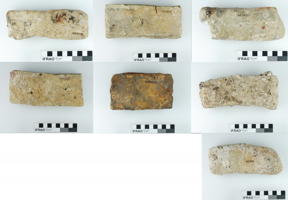 Bricks artefact recovered from Vergulde Draeck (Gilt Dragon)