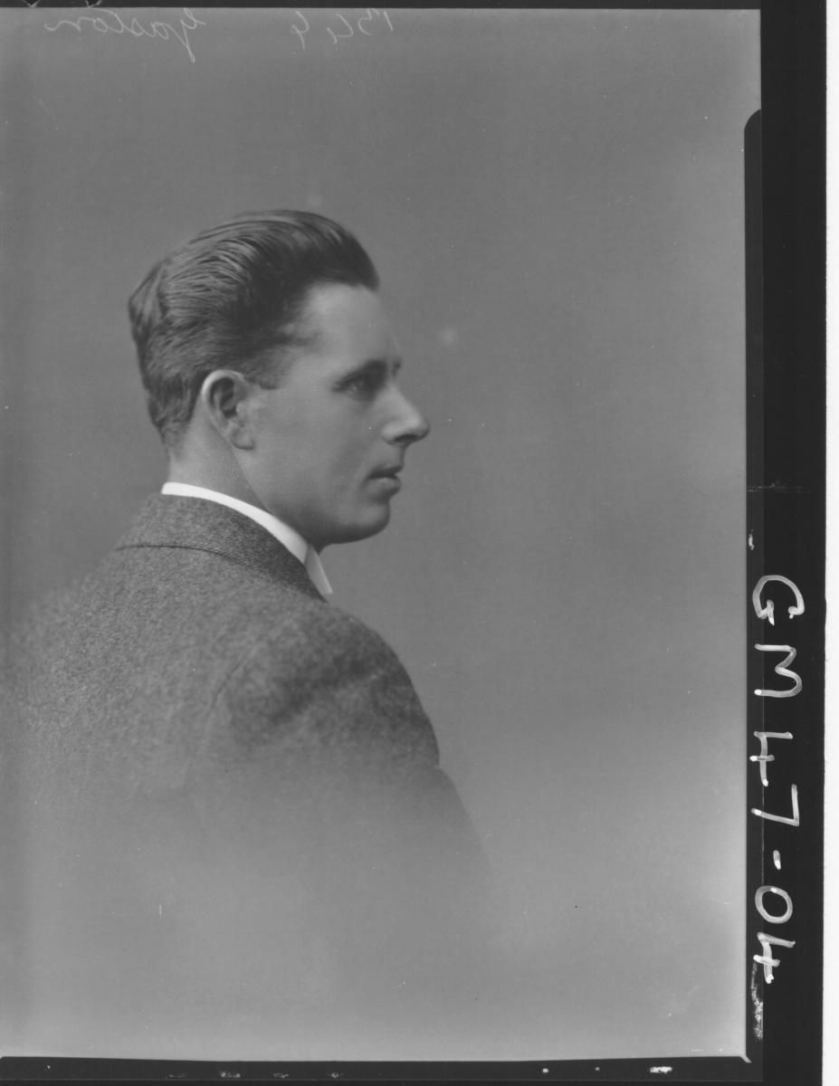 portrait of young man, H/S Gaston