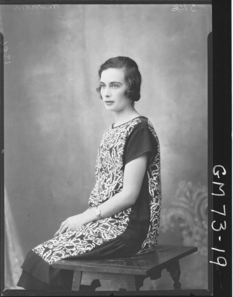 PORTRAIT OF WOMAN, MORCOM