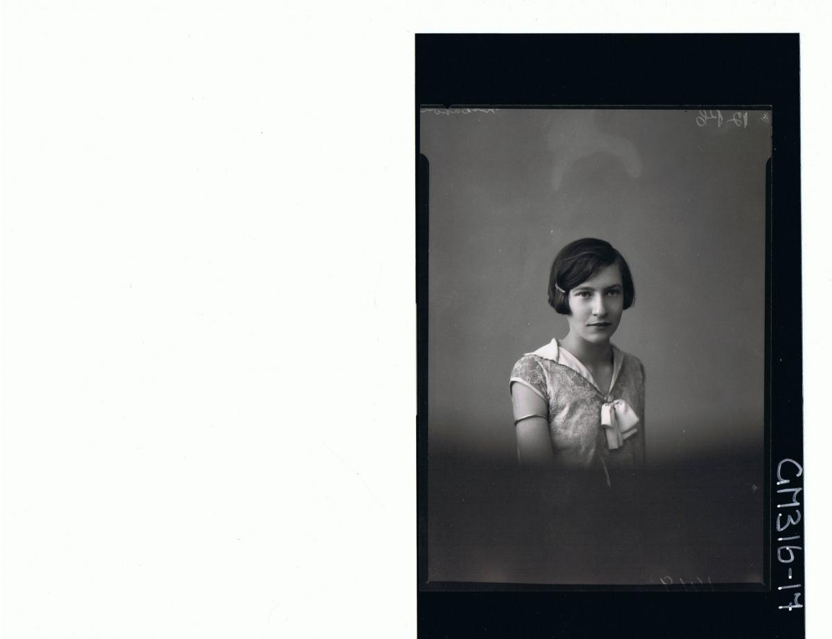 H/S Portrait of girl wearing embroidered dress 'McCahon'