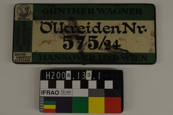 CRAYONS, in tin, 'GÜNTHER WAGNER'