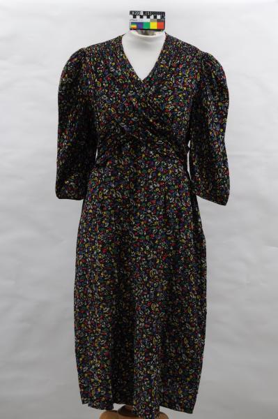 DRESS, navy, silk crepe, stylised print