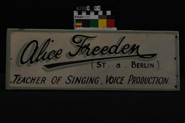 SIGN, 'Alice Freeden/(ST. a. BERLIN)/…', masonite