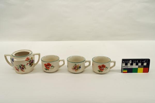 TEA SET, green trim, floral motifs