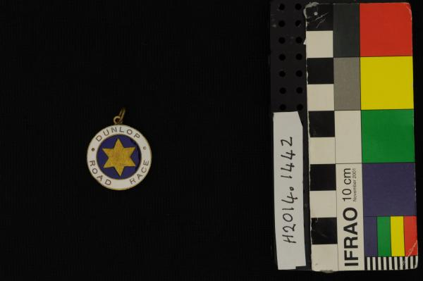 MEDAL, cycling, gold, blue/white enamel, 'DUNLOP ROAD RACE', Beverley-Perth time medallion, Horrie Marshall