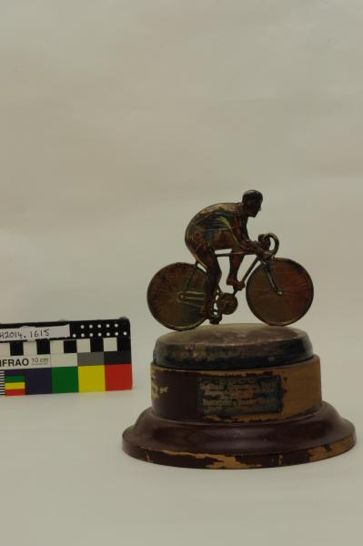 TROPHY, cycling, 'PAOLICCHI & DACEY TROPHY', Wesley Riley, 1939