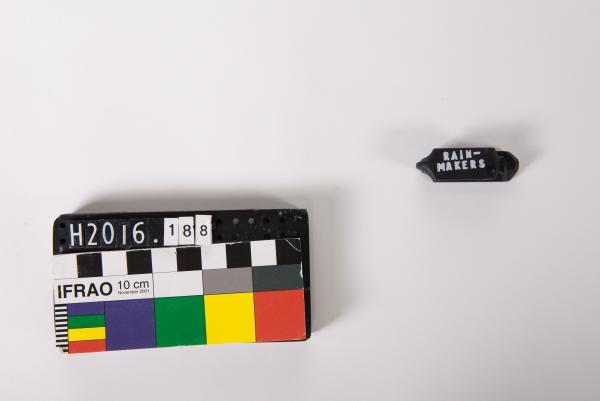 EAR TAG, black, 'QDG B&S 2008', 'RAIN- MAKERS'