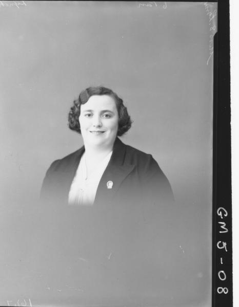 Portrait of woman, H/S Miss S. Lynch.