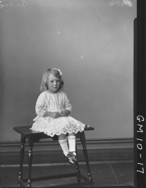 Portrait of young girl, F/L Bordoni.
