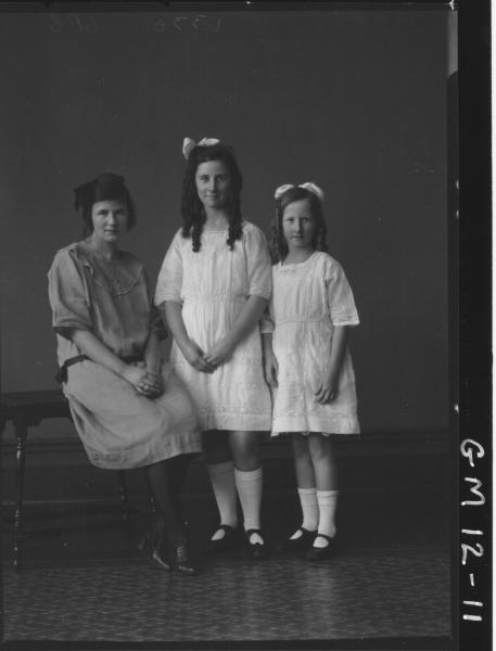 Portrait of three young women, F/L 'Fitzgerald'