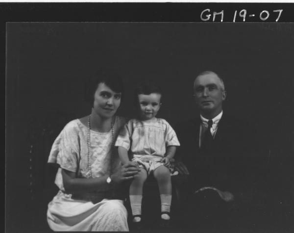 portrait of woman, man and child H/S, 'Harse'