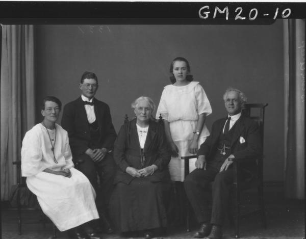portrait of family group of three generations, two men and  three women F/L, Greep