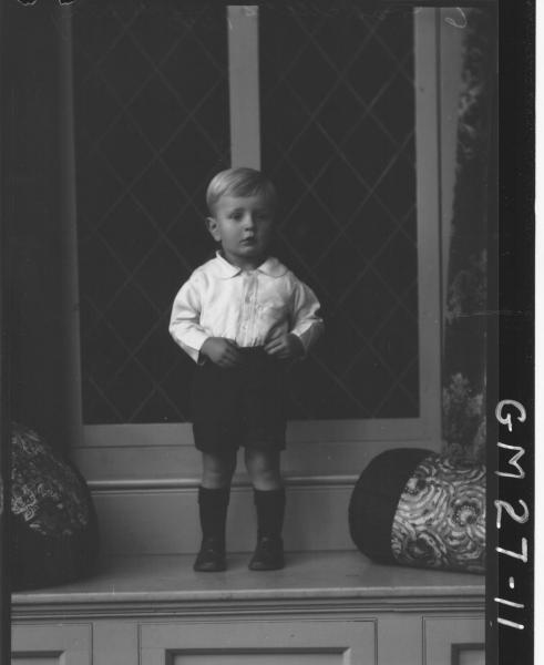 portrait of small bo, F/L Murray