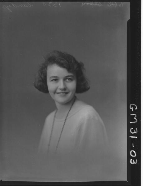 portrait of young woman, H/S Sandys