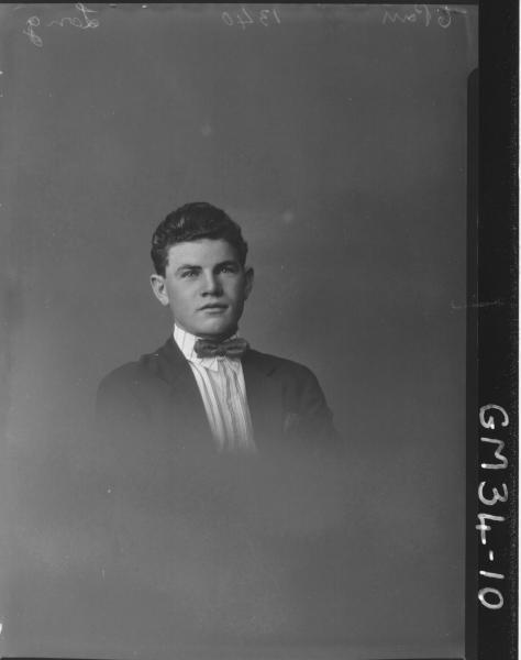 portrait of young man, H/S Long