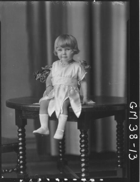 portrait of small girl, F/L Brown