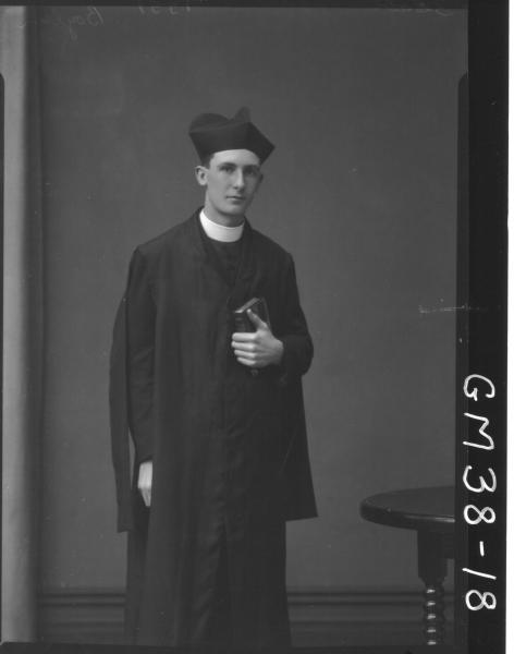 portrait of young Priest, F/L Boylen