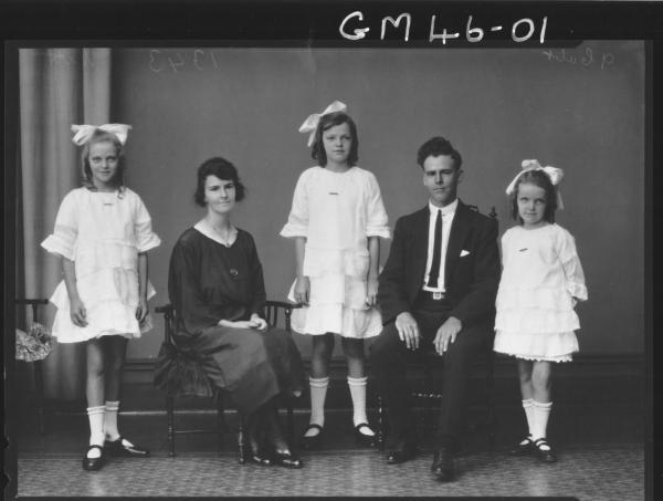 portrait of woman, man and three girls, F/L Witt