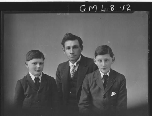 portrait of man and two boys, H/S Peel