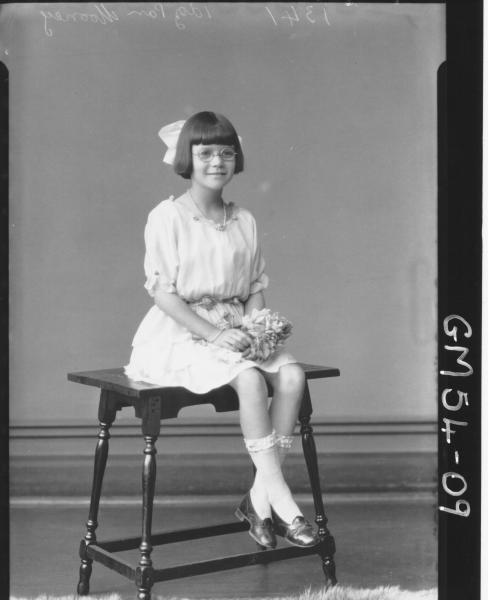 PORTRAIT OF GIRL, F/L MOONEY