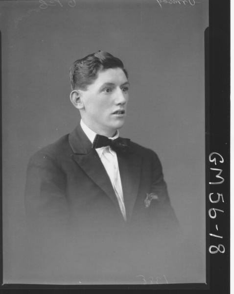Portrait of young man H/S, Ormsby