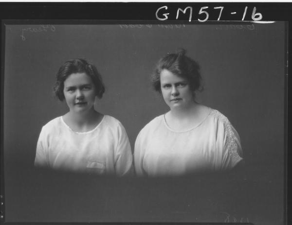 Portrait of two young women H/S, O'Leary