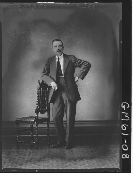 Portrait of man F/L, Jones