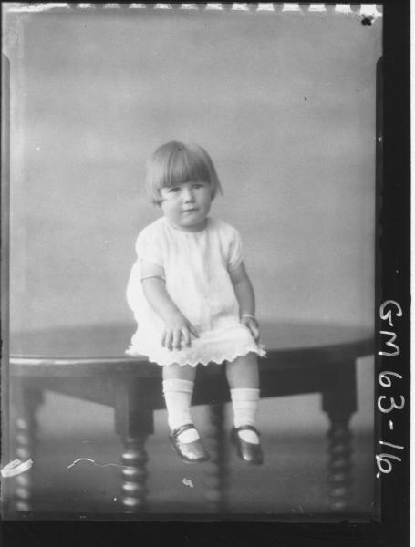 Portrait of child F/L, Thomas