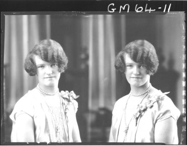 Two portrait poses of woman H/S, Truren