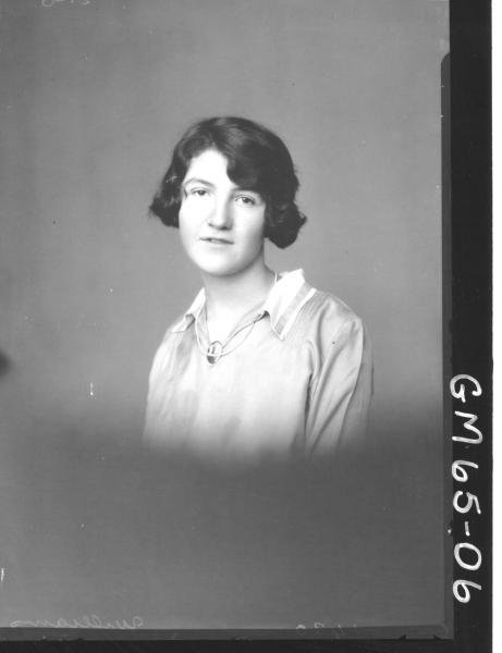 Portrait of woman H/S, Williams