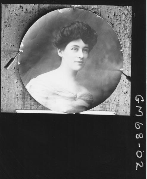 COPY OF PORTRAIT OF WOMAN ROUND, H/S JOSEPH