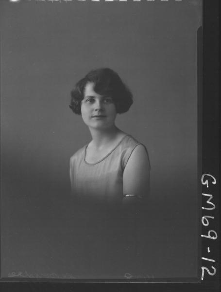 PORTRAIT OF WOMAN, H/S LE BOYDRE