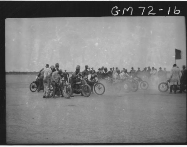 MOTOR BIKE RACE LAKE PERKOLILLI