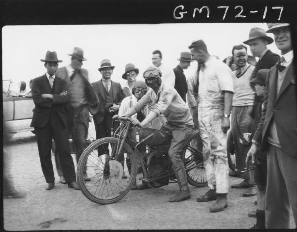 MOTOR BIKE RACING LAKE PERKOLILLI