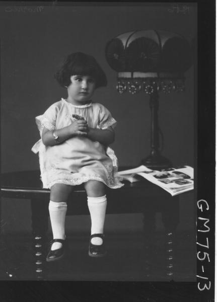 PORTRAIT OF CHILD, F/L, MORRIS