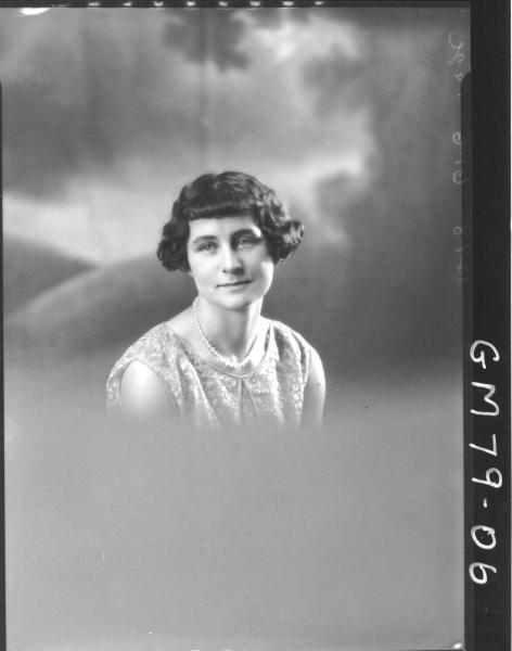 PORTRAIT OF WOMAN, H/S, PAGE