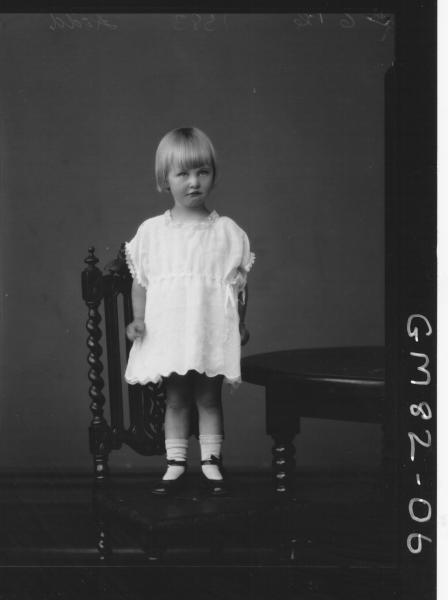 PORTRAIT OF CHILD, F/L, KIDD