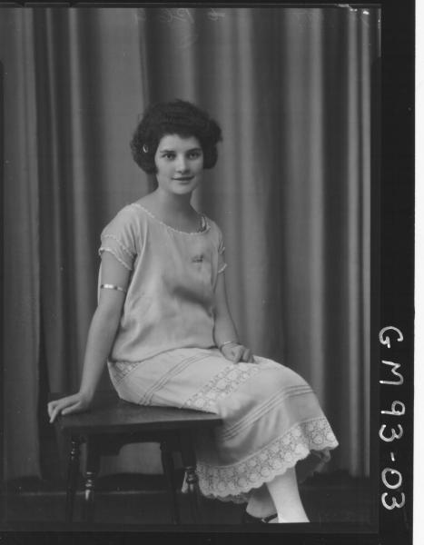 PORTRAIT OF WOMAN, 'HOYER'