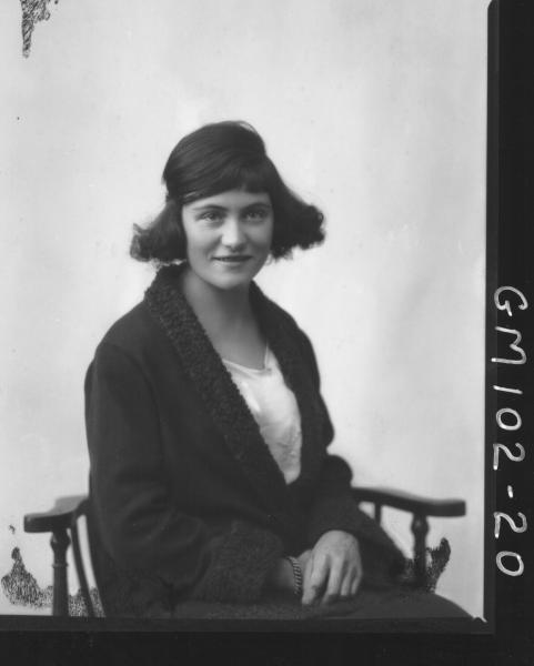 PORTRAIT OF WOMAN, PEART