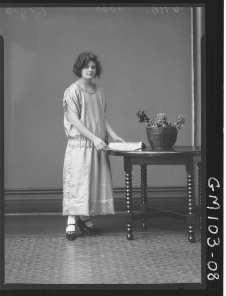 PORTRAIT OF WOMAN, LE BOYDRE