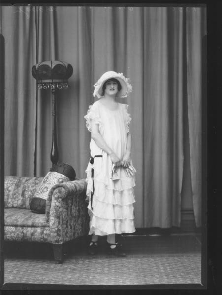 PORTRAIT OF WOMAN, ARDAGH
