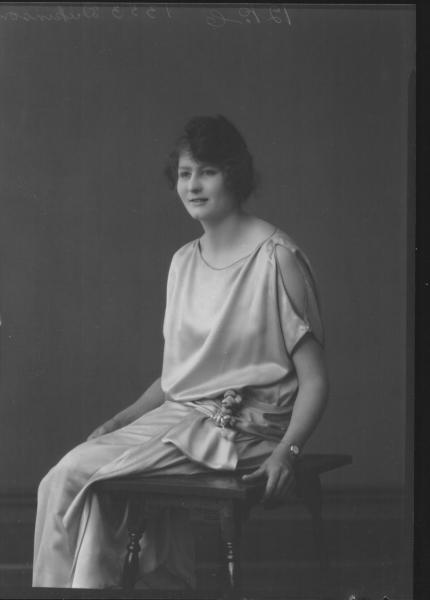 PORTRAIT OF WOMAN, DUKINSON