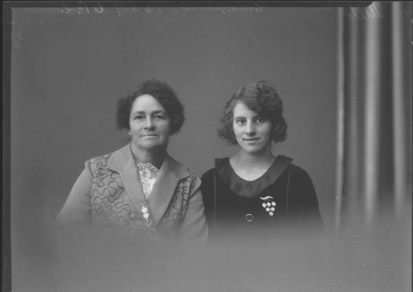 PORTRAIT OF TWO WOMAN, JONES