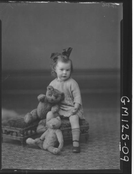 Portrait of child 'Monger'