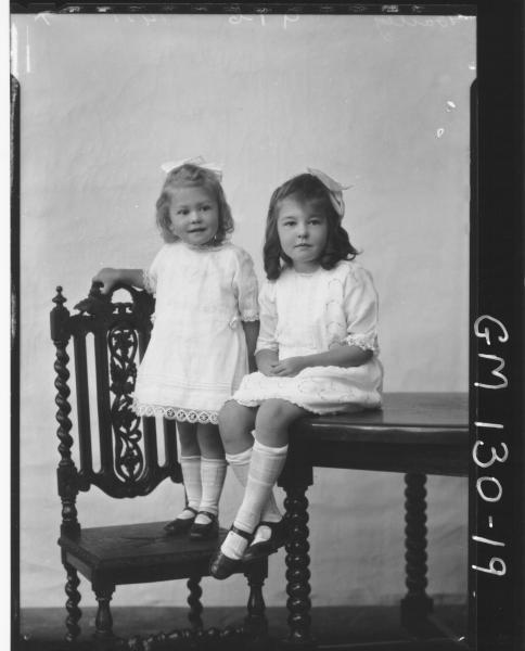 Portrait of two children 'Bailey'