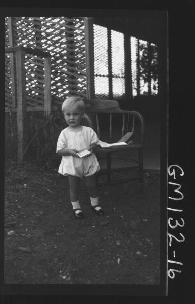 Outdoor picture of child 'Bishop'
