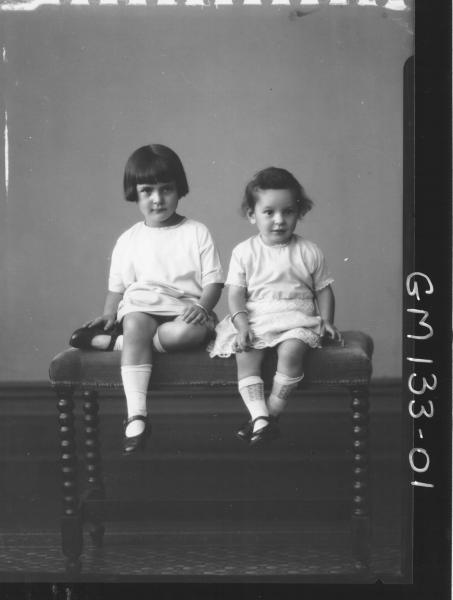 Portrait of two children 'Armanesco'