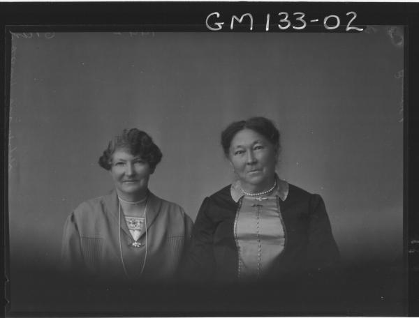 Portrait of two women 'Bailey'