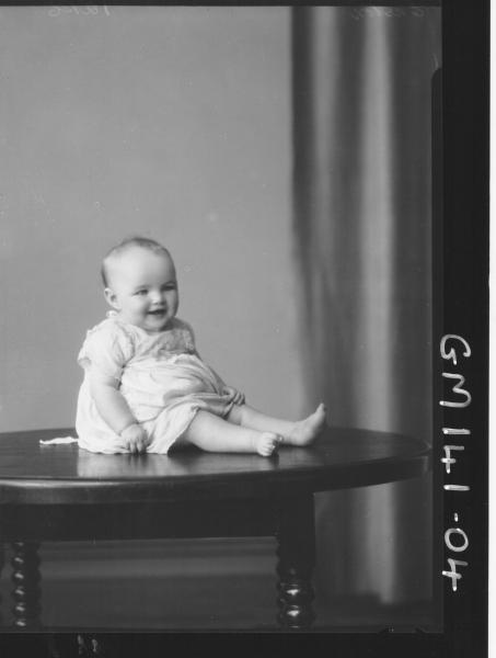 Portrait of baby 'Easton'